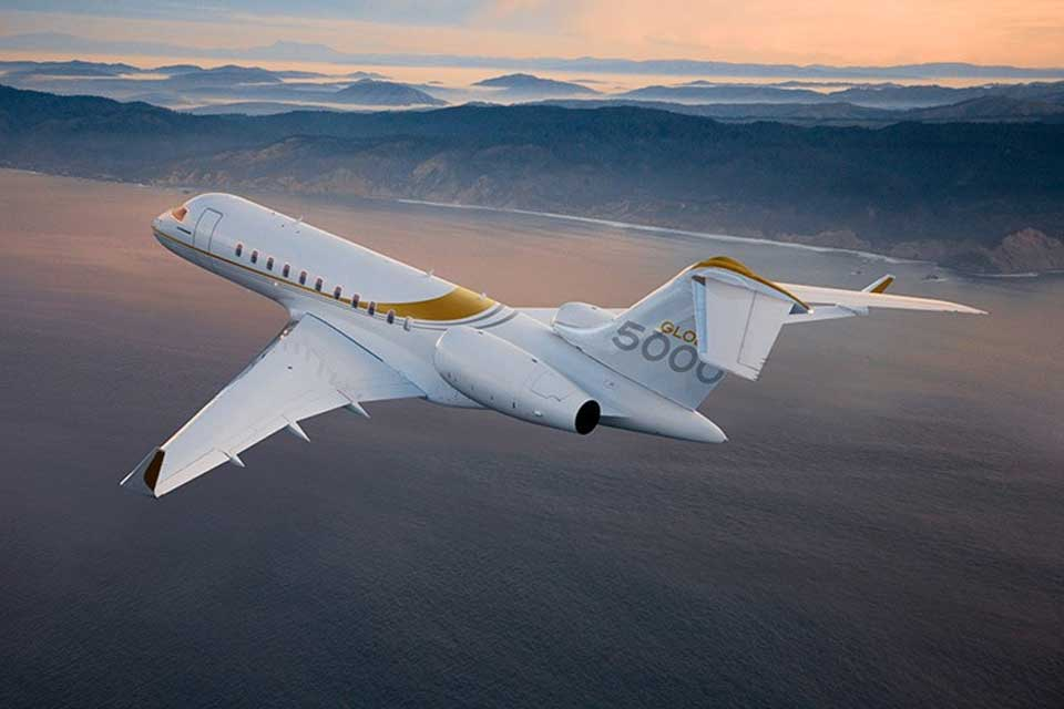 Private Jet Charter - Bombardier Global 5000