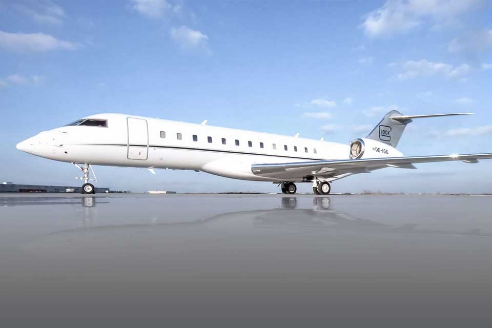Private Jet Charter - Bombardier Global Express XRS