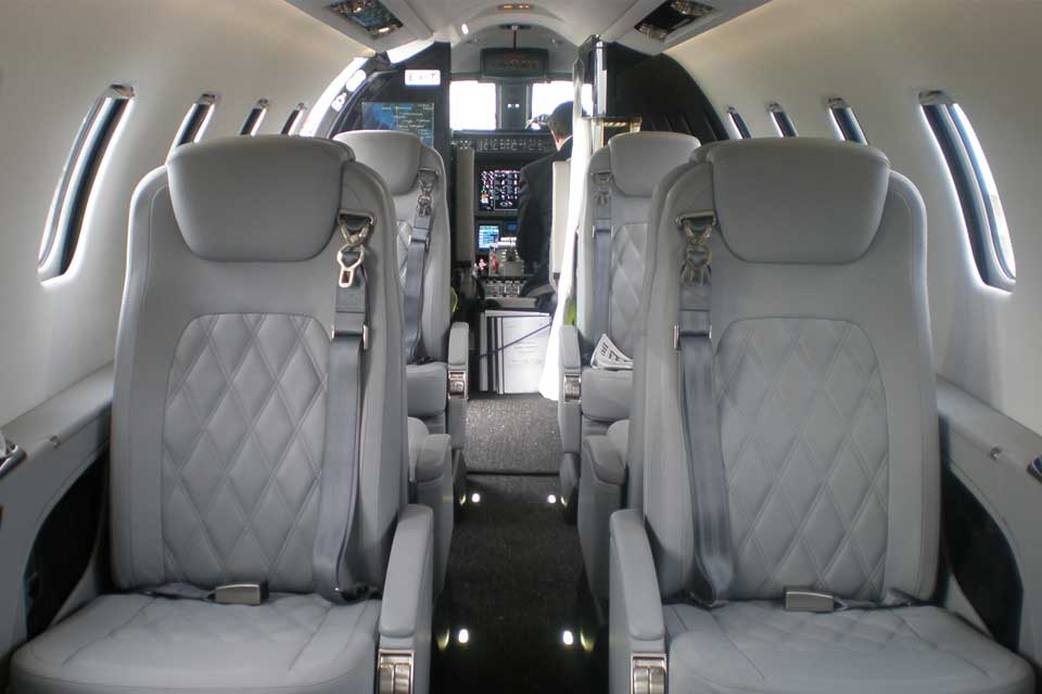 learjet 75 private jet interior