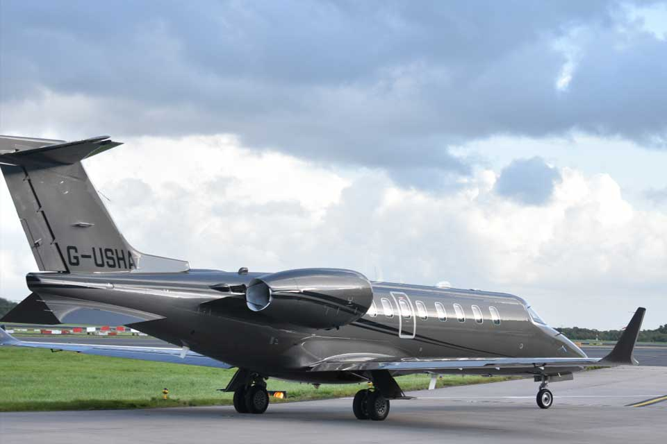 Private Jet Charter - Bombardier Learjet 75