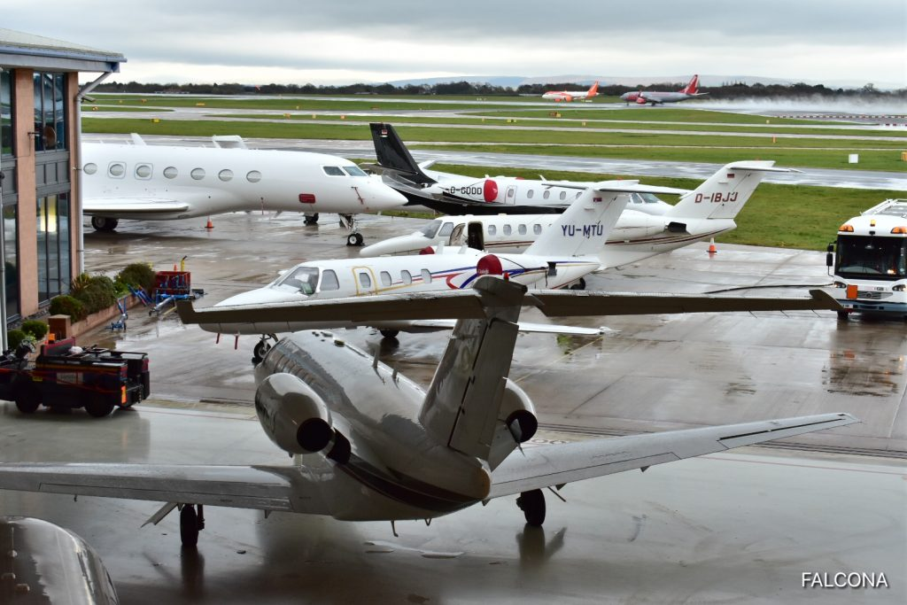 private jets manchester airport