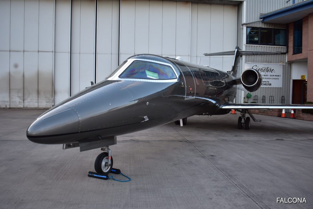 learjet 75 manchester airport