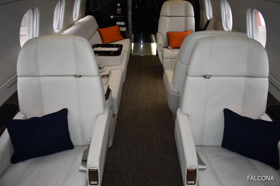 embraer legacy 500 private jet interior