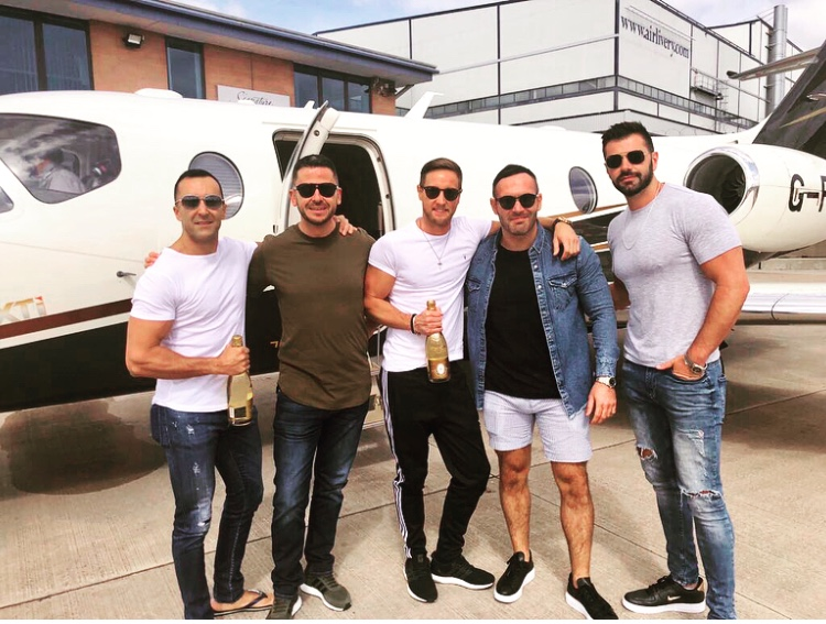 PASSENGERS READY FOR PRIVATE JET TO IBIZA
