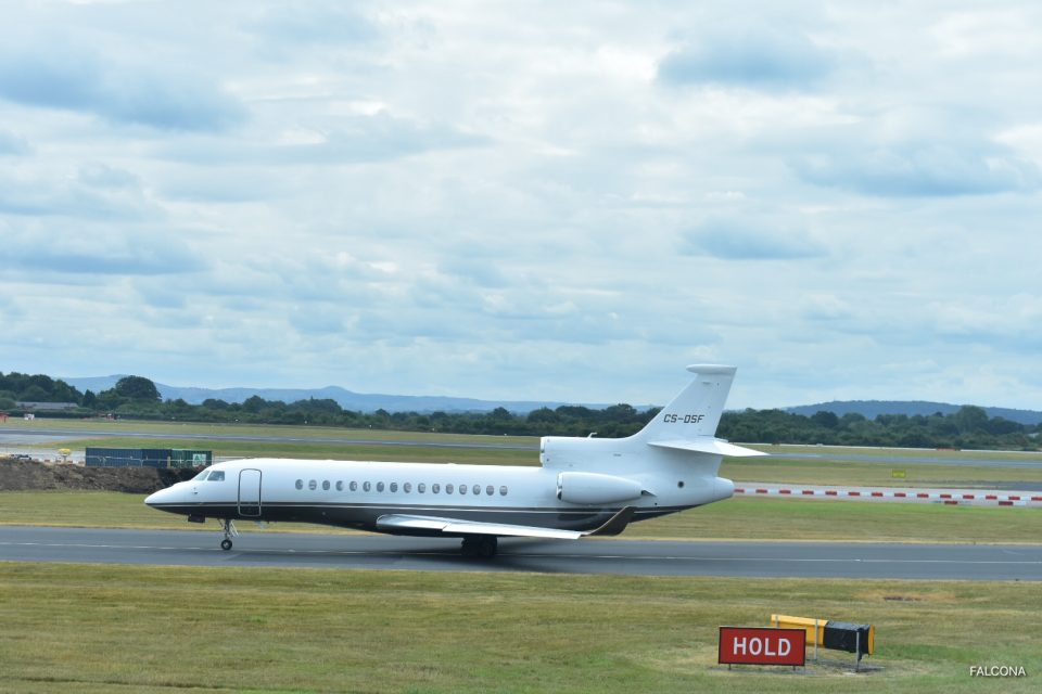 Dassault Falcon 8X at Manchester Airport