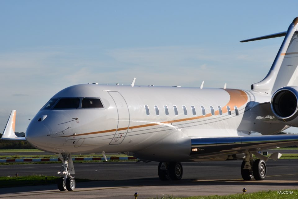 Bombardier Global 5000 at manchester airport