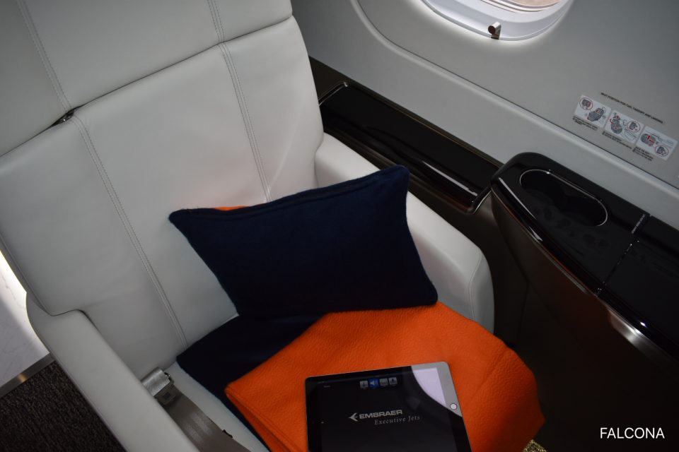 Embraer Legacy 500 ipad on leather seat