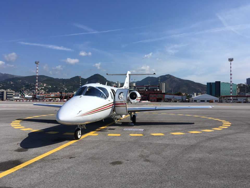 HAWKER 400XP AT GENOA AIRPORT