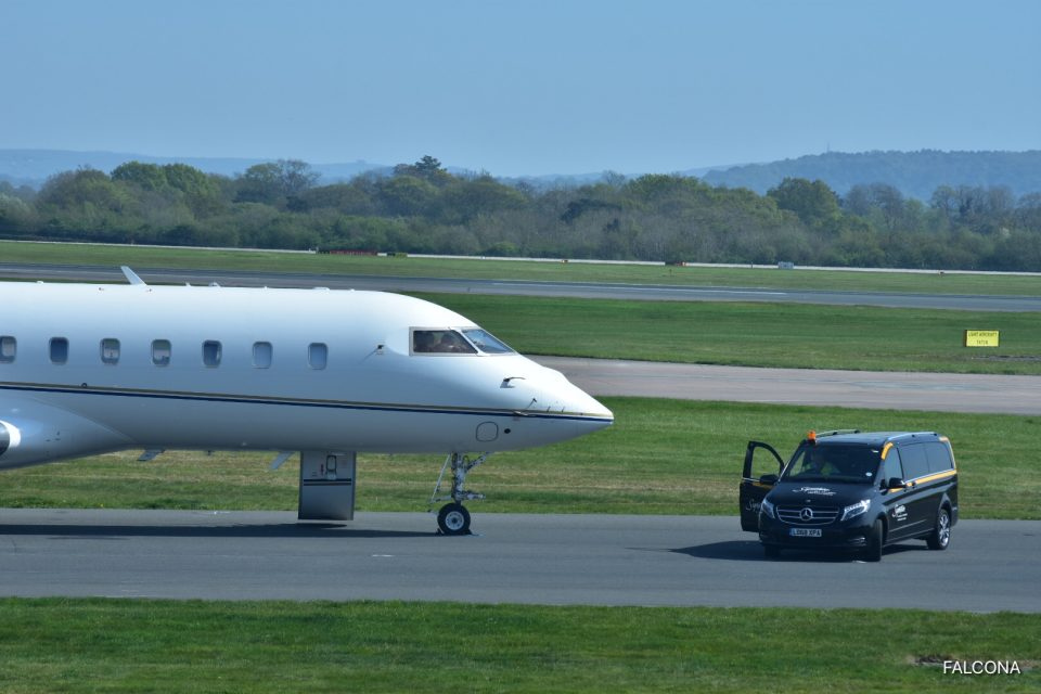 Chauffeur Van at Manchester Airport, Global 5000 private jet