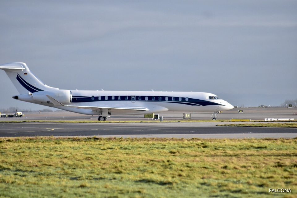 Bombardier Global 7500 at manchester airport